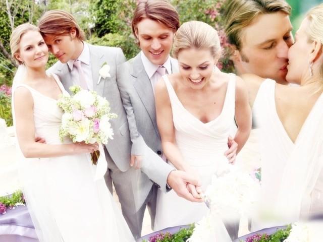 Chameron-Wedding-Wallpaper-house-md-8922759-800-600